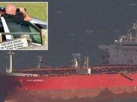 İngiliz Özel Kuvvetleri'nden Petrol Tankerine Müdahale