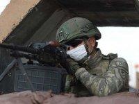 Barış Pınarı bölgesine taciz ateşi açan 3 PKK/YPG'li terörist etkisiz hale getirildi