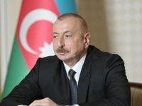 """Azerbaycan Cumhurbaşkanı İlham Aliyev: """"Ateşkes isteyenler Ermenistan'a silahlar gönderiyor"""""""