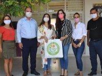 Değirmenlik Belediyesi, Bölge Okullarındaki Öğrenci Ve Öğretmenlere Maske Dağıttı