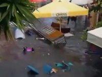 Deprem sonrası Seferihisar'da deniz taştı!