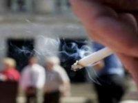 Tüm İllerin Kalabalık Alanlarında Sigara İçmek Yasaklandı