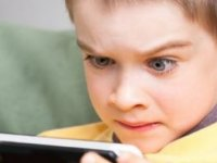 Şiddet İçerikli Oyun Ve Filmler 'Çocukları Etkisi Altına Alıyor'