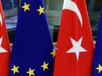 """Türkiye'ye Yaklaşım Konusunda """"Aile İçi İhtilaf"""""""