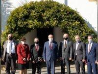 Cumhurbaşkanı Tatar, KHK Başkanı  Kayral İle Beraberindeki Heyeti Kabul Etti