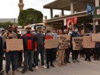 """Geçitköy Halkı """"Bölgelerine Hız Tespit Kamerası Konulmadığı"""" Gerekçesiyle Yol Kapatıp Eylem Yaptı"""