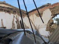 Aşırı Yağışlar Nedeniyle İskele'de Bir Evin Damı Çöktü