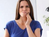 Kanayan diş uyarısı: Tehlikenin belirtisi olabilir
