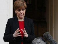 İskoçya ocak ayı sonuna kadar karantinaya giriyor
