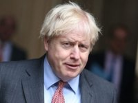 """İngiltere Başbakanı Johnson: """"Yoğun Bakım Üniteleri Çok Büyük Risk Altında"""""""