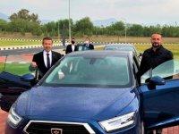 """Dışişleri Bakanı Tahsin Ertuğruloğlu, KKTC'nin Yerli Otomobili """"GÜNSEL""""i Test Etti."""