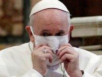 Papa Francis ve Papa 16. Benedict Kovid-19 aşısı oldu