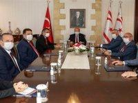 Tatar ile parti başkanları görüşmesi başladı