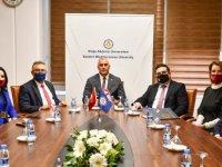 DAÜ İle Atatürk Öğretmen Akademisi Arasında İş Birliği Protokolü İmzalandı