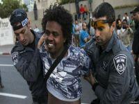 İsrail ırkçılığı isyan ettirdi