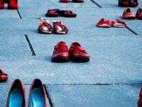 Türkiye'de 2020 yılında erkekler  284 kadını ve 26 çocuğu öldürdü