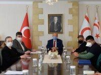 Cumhurbaşkanı Ersin Tatar, Bulaşıcı Hastalıklar Üst Komitesi'ni Toplantıya Çağırarak Bilgi Aldı