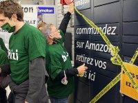 Fransa'da çevreciler ve kapitalizm karşıtları Amazon'u protesto etti