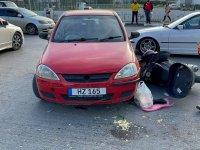 Motosiklet sürücüsü yaralandı!