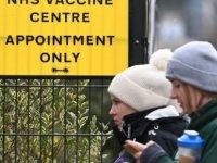 Covid aşısı: İngiltere, 31 Temmuz'a kadar tüm yetişkinlere sıranın gelmesini hedefliyor