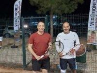 Tenis online olarak çalışıyor