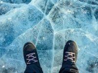 İsveç'te Donmuş Gölde Buzun Kırılması Sonucu Suya Düşen 4 Kişi Boğuldu