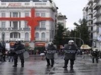 Yunanistan'da 17 Kasım Terör Örgütünün Açlık Grevindeki Üyesine Destek Gösterisinde Olay Çıktı