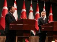 """Başbakan Saner: """"5+BM toplantısında, Türkiye Cumhuriyeti ile birlikte esas hedefimiz egemen iki ayrı eşit devlet"""""""