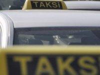 Birleşik Taksiciler Birliği 9 Yolcu Altında Taşımacılık İzni Olanlara Güney Kıbrıs'a Yolcu Taşıma İzni Verilmesini Eleştirdi