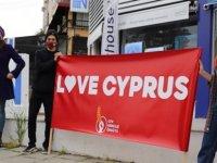 """""""Kıbrıslı Türklerin kimliğine ve yaşantısına yapılan anti demokratik müdahalelerin derhal son bulmasını talep ederiz"""""""