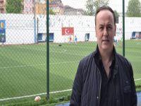 Beşiktaş'lı eski kaleci Metin Akçevre DAÜ'de