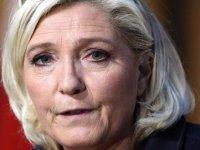Fransa'da aşırı sağcı Marine Le Pen, 2022'deki cumhurbaşkanlığı seçimine adaylığını açıkladı