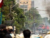 Myanmar Ordusu Bago'da Protestoculara Ateş Açtı:20 ölü