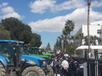 Çiftçiler Başbakanlık önünde... Eylemde gerginlik