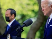 Biden, Göreve geldiği günden bu yana ilk yüz yüze görüşmesini Japon başbakan ile yaptı
