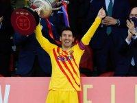 Messi rekora doymuyor; Kral Kupası finalinde attığı iki golle tarihe geçti