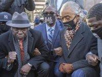 ABD'de Floyd'un Öldürülmesiyle İlgili Davada Jüri Eski Polis Chauvin'i Suçlu Buldu