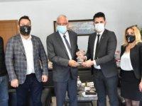 KKTC Beşiktaş Taraftarları Derneği Girne Belediyesi'ne Nezaket Ziyareti Gerçekleştirdi