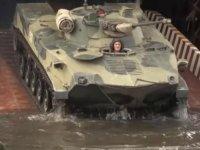 Rusya: Kırım'daki tatbikatımızı tamamladık, askerlerimizi çekiyoruz