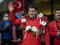 Avrupa Güreş Şampiyonası'nda Rıza Kayaalp altın, Murat Fırat bronz madalyanın sahibi oldu