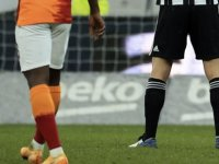 Galatasaray evinde sıkıntılı, Beşiktaş deplasmanda iyi
