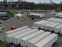 New York'ta yüzlerce ceset, 1 yıldır kamyonlarda bekletiliyor