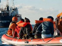 İtalya'da Sağcı Lider Salvini, Yine Göçmenleri Hedef Aldı