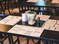 Türkiye'de 'Kademeli normalleşme' döneminde kafe, restoran ve AVM kararları