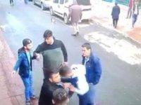 Beyoğlu'nda bir kişi Kafa atan şahsa kurşun yağdırdı