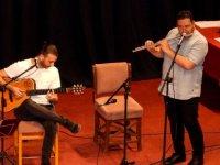 İBT, Bayrama Özel Şarkı ve Şiir Gecesi Düzenledi