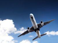 İstanbul'dan kalkan uçak, Baf Havaalanı'na zorunlu iniş yaptı