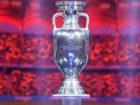 UEFA EURO 2020 kupası kaç kilogram ağırlığındadır?