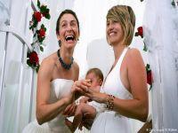 Avrupa eşcinsel evliliği tartışıyor