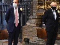 İngiltere Başbakanı Johnson'ın Sağlık Bakanı Hancock İçin Küfürlü İfadeyle 'Umutsuz Vaka' Dediği Ortaya Çıktı